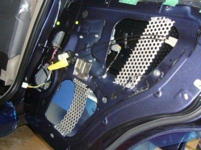画像3: アルミパンチングメタル 1.5mm厚X40X50cmカスタムカーオーディオ・ドアデッドニング軽量剛性!